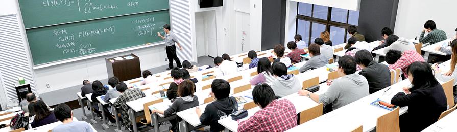 国立大学昼間部並みの授業料